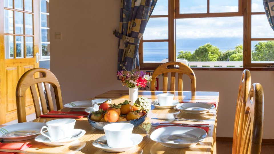 Holiday Home in the Azores From Privat Pico Dining Area
