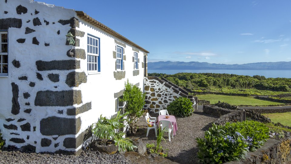 Holiday Home Pico Azores Rustic Traditional Privat