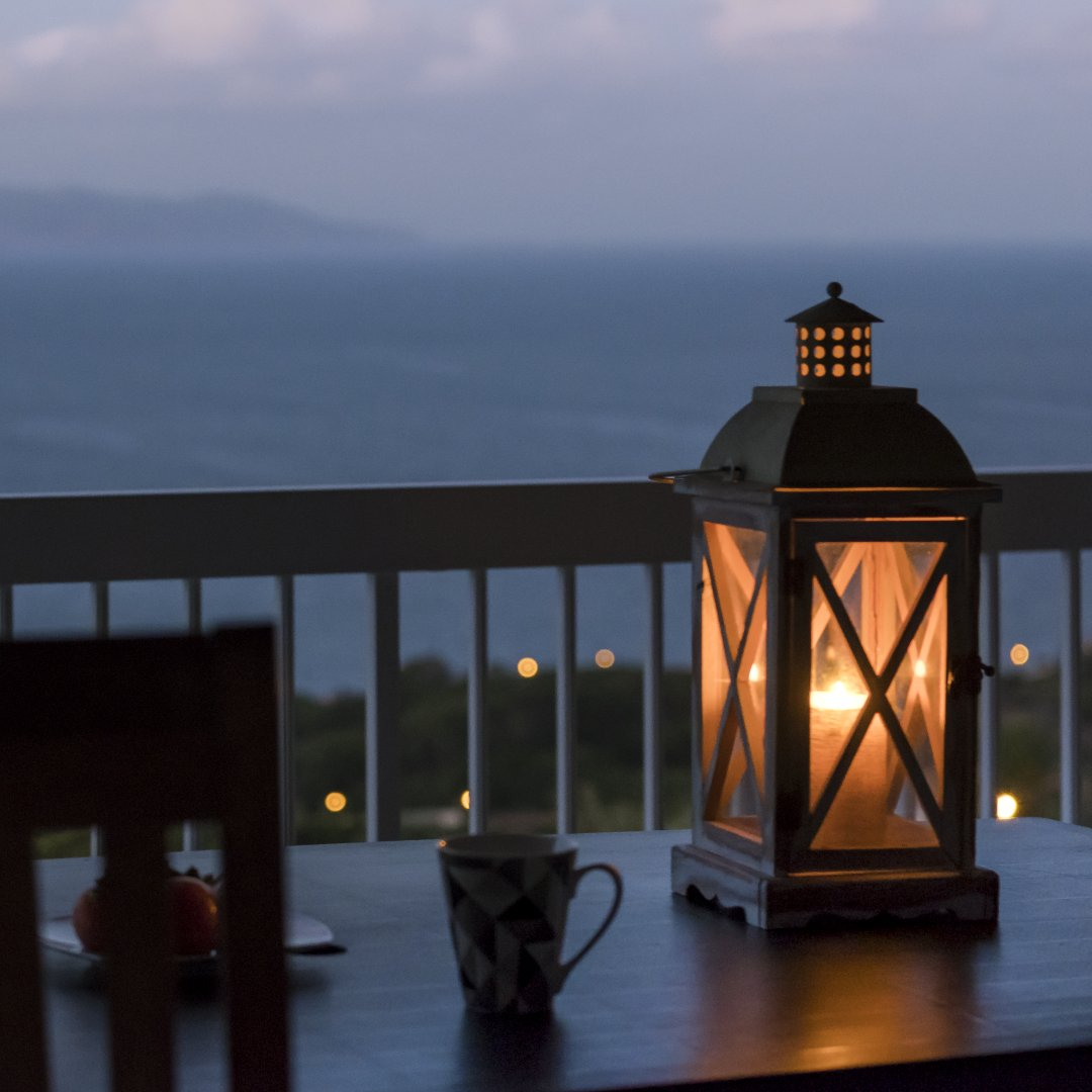 Pico Holiday Chalets Terrace Candlelight